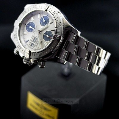 Breitling superocean A13340 11 chronograph watch